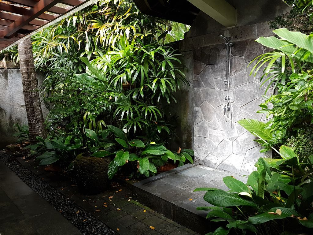 Sukhavati Ayurvedic Retreat Bali - shower