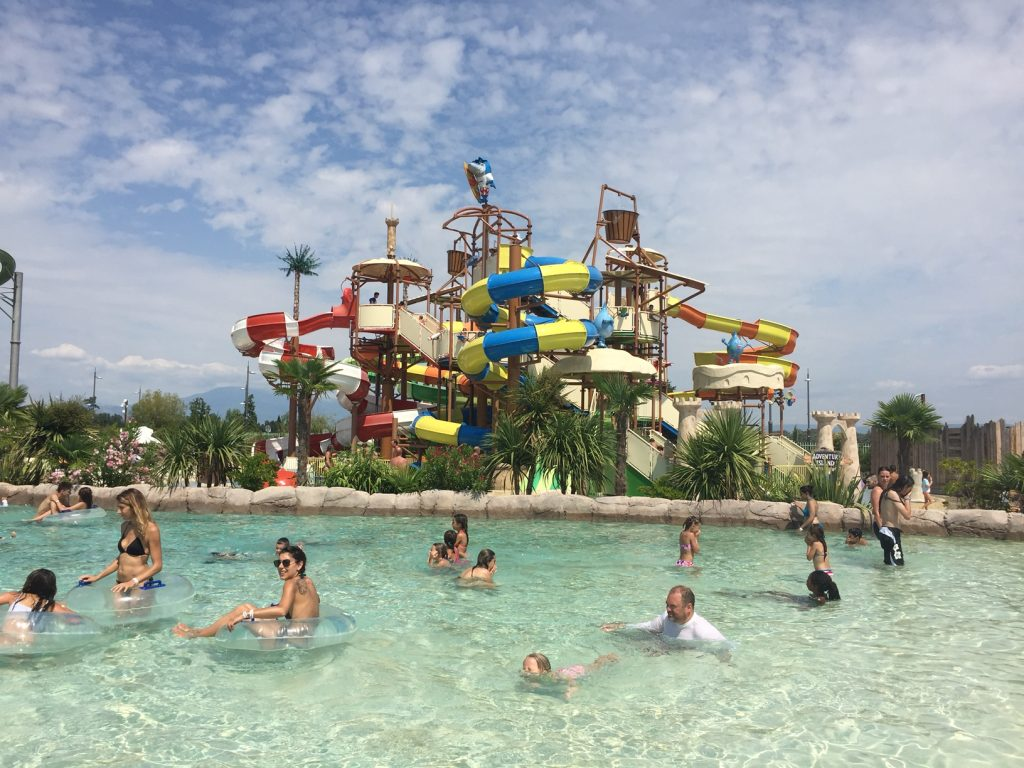 Things to with kids in France - Splashworld