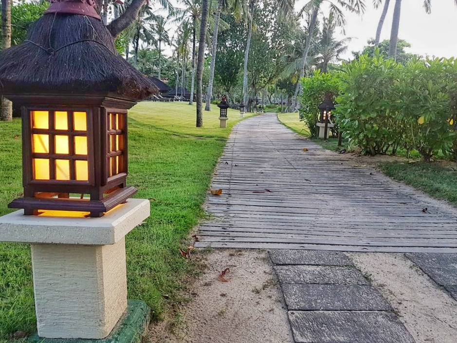 Intercontinental Bali Resort - path