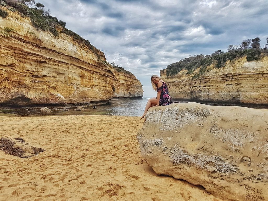 Top 15 Places On The Great Ocean Road - Loch Ard Gorge