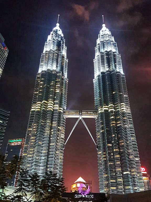 Kuala Lumpur layover - Petronas Towers