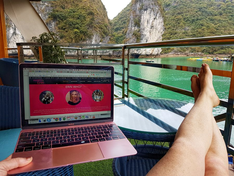 Halong Bay cruise work