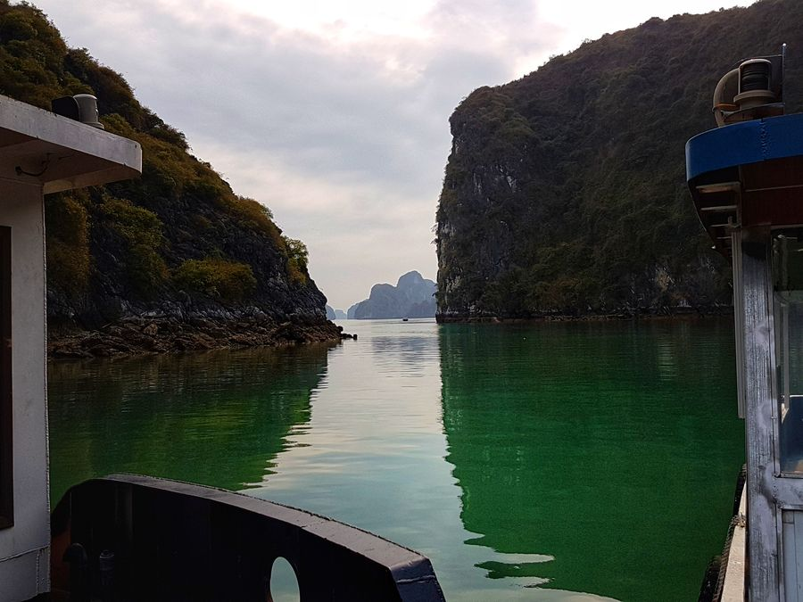 Halong Bay cruise views