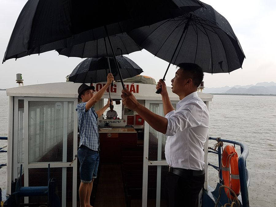 uHalong Bay cruise umbrellas