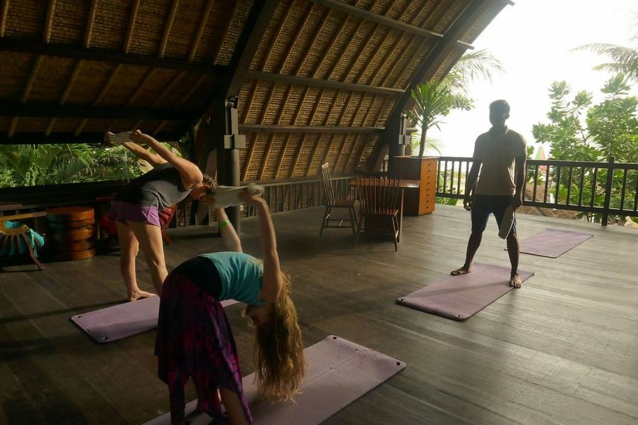 Bali With Kids: Yoga with kids