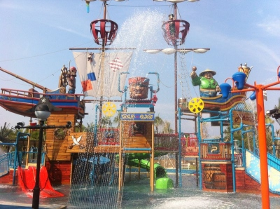 things to do with kids in Singapore - Waterpark