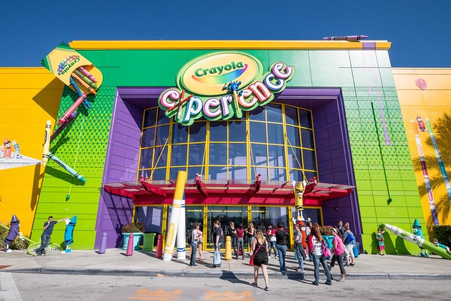Guide To Universal Studios Orlando - Crayola