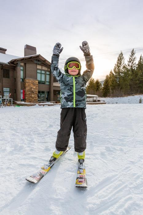 Jackson Hole Mountain Resort - boy ski