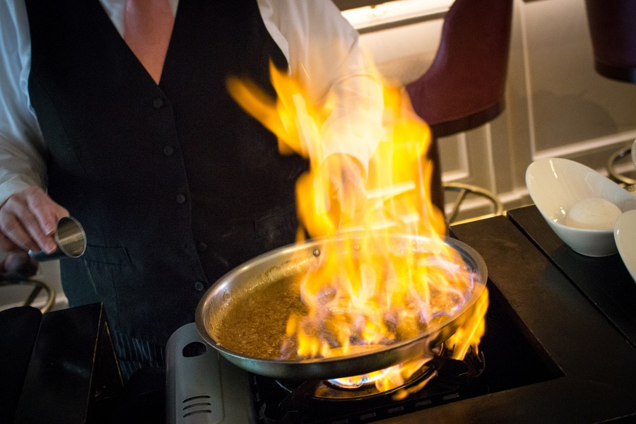 New Orleans with kids  - Bananas Foster