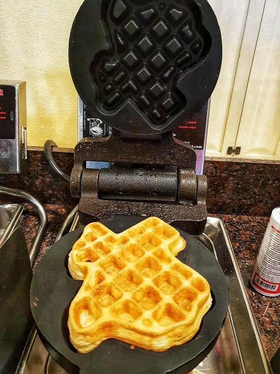 24 Hours In San Antonio: Texas Waffles