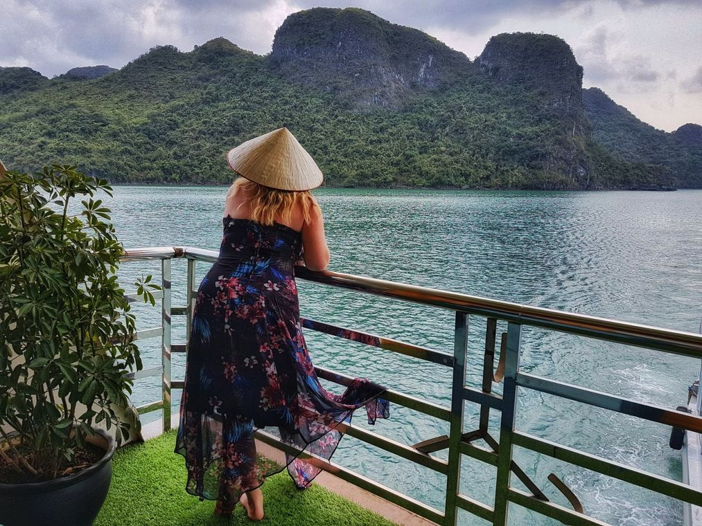 Reasons to visit Vietnam - Halong Bay