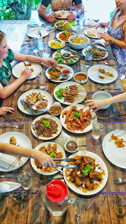 Kids Fit On Vacation - Balinese feast