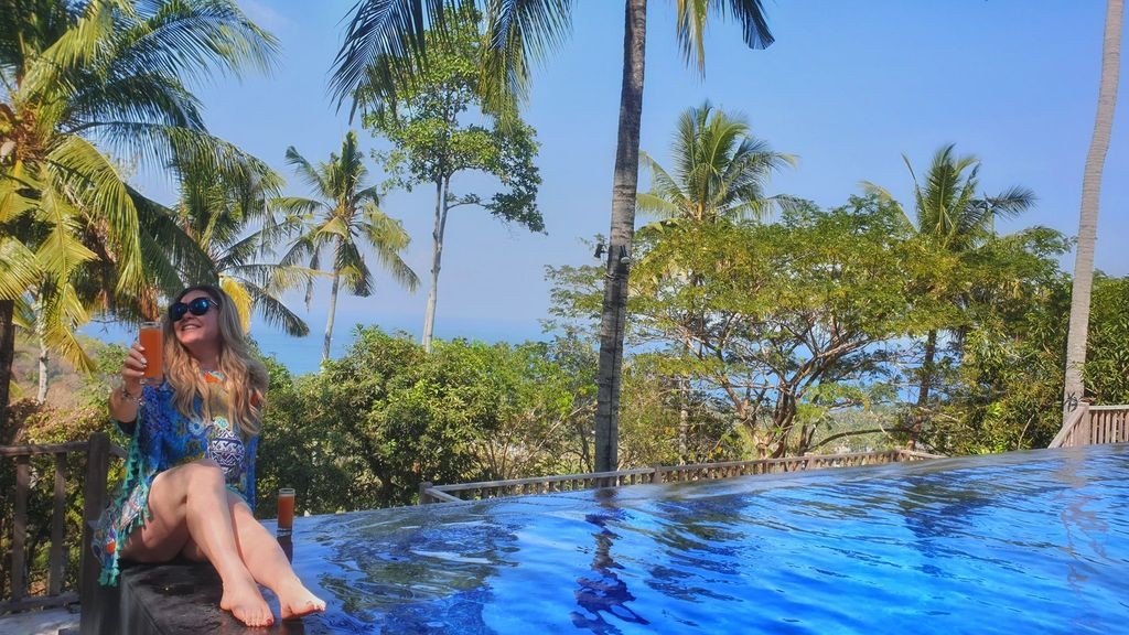 Guide To Lombok (From Bali) Pool