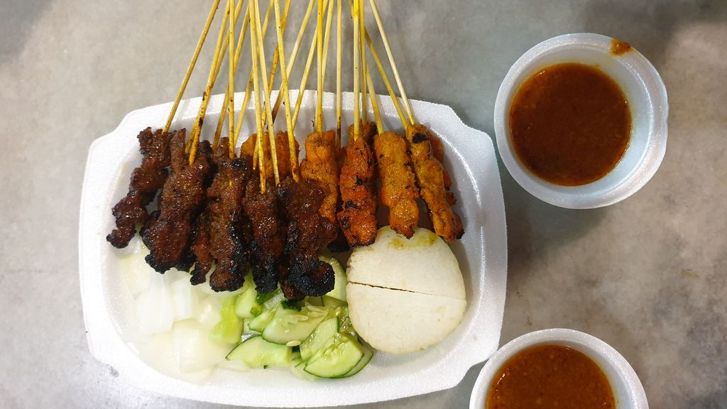 Quick Guide To Visiting Singapore - Satay