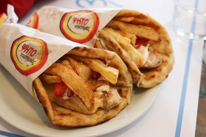 Food to eat in Greece - gyro