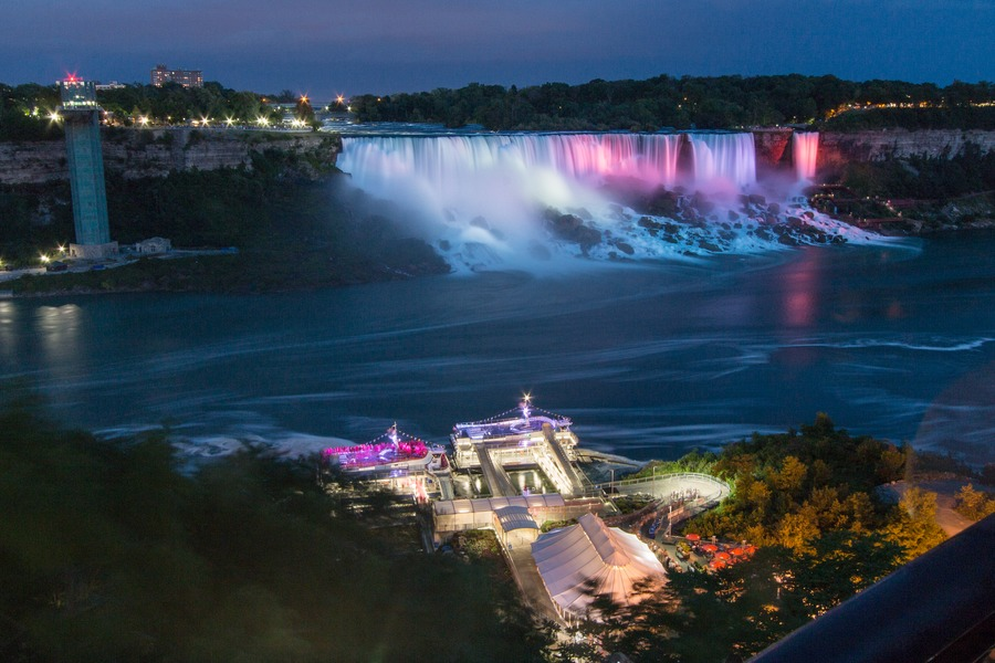 Visit Niagara Falls - night